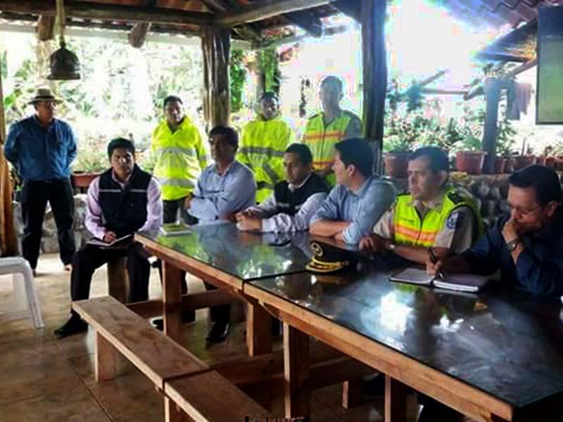 Reuniones de Trabajo con El Personal de Seguridad Cantonal