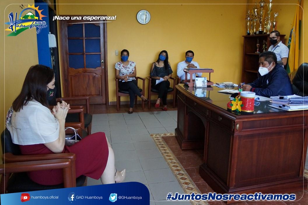 ALCALDÍA DE HUAMBOYA Y CONSEJO DE LA JUDICATURA DE MORONA SANTIAGO MANTIENEN IMPORTANTE SESIÓN DE TRABAJO.